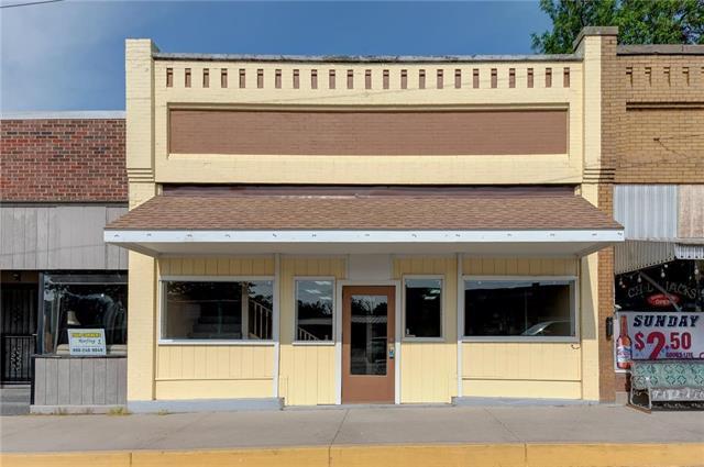 608 Main Street, Wellsville, KS 66092 (#2107445) :: Char MacCallum Real Estate Group