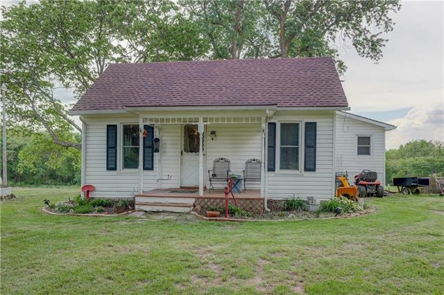 18990 S Ridgely Road, Edgerton, MO 64444 (#2107519) :: Kansas City Homes