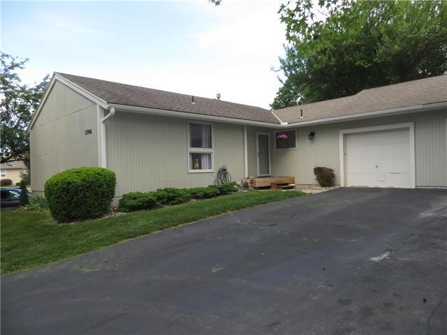 12746 W 108th Place, Overland Park, KS 66210 (#2107557) :: NestWork Homes