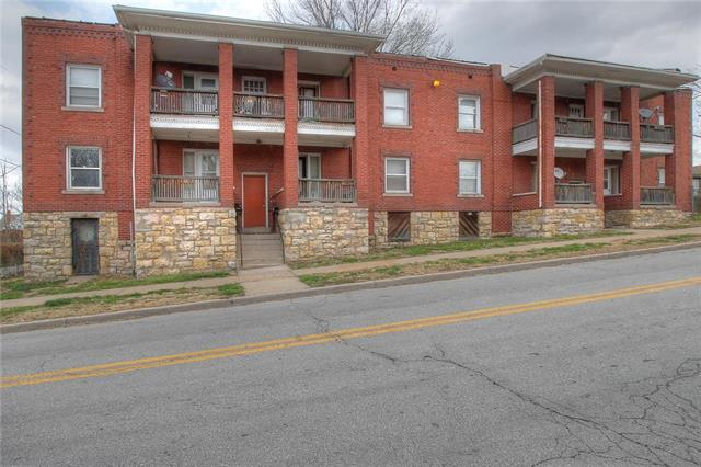 2610 E 23rd Street, Kansas City, MO 64127 (#2107579) :: Edie Waters Network