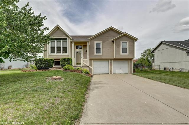 233 Edgewood Drive, Wellsville, KS 66092 (#2107588) :: Char MacCallum Real Estate Group