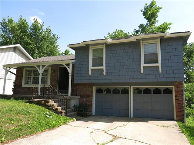1401 NW 66 Terrace, Kansas City, MO 64118 (#2107870) :: The Shannon Lyon Group - ReeceNichols