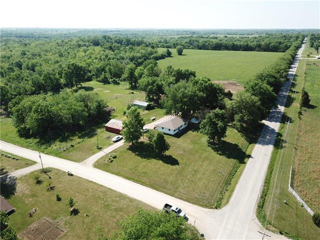 30405 E 315th Street, Garden City, MO 64747 (#2107998) :: Edie Waters Network