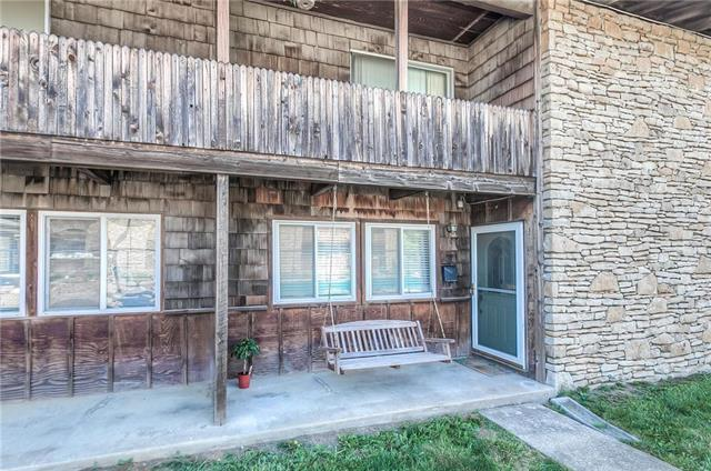 1306 N 76th Terrace, Kansas City, KS 66112 (#2108188) :: The Shannon Lyon Group - ReeceNichols