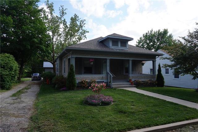 1719 Poplar Street, Lexington, MO 64067 (#2108203) :: NestWork Homes