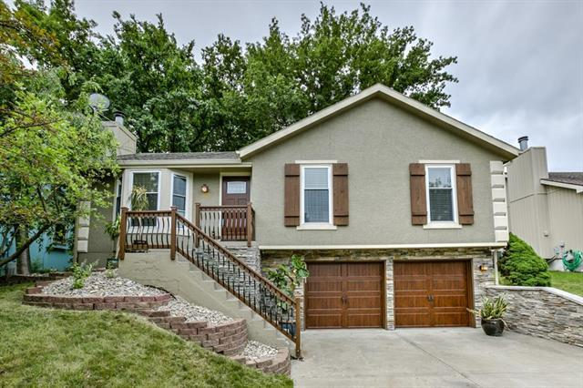 9621 NW 86th Terrace, Kansas City, MO 64153 (#2108285) :: Edie Waters Network