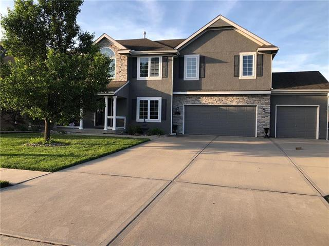 321 Duncan Drive, Liberty, MO 64068 (#2108306) :: Team Real Estate