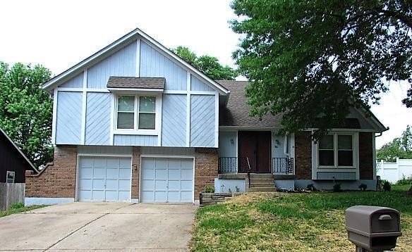 801 NW 19th Street, Blue Springs, MO 64015 (#2108317) :: Team Real Estate