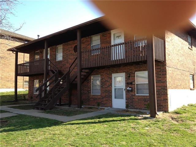 13865 E 35th Street, Independence, MO 64055 (#2108335) :: Edie Waters Network