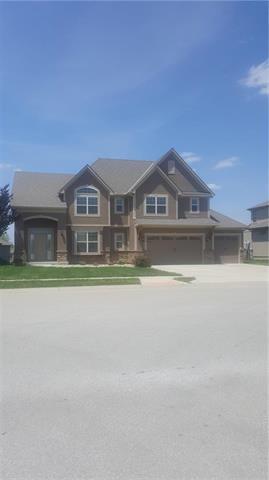 1854 NE Park Ridge Drive, Lee's Summit, MO 64064 (#2108355) :: Team Real Estate