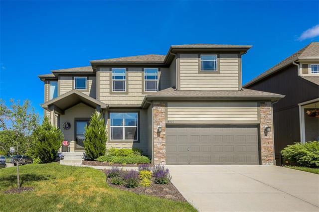 16507 S Sunset Street, Olathe, KS 66062 (#2108401) :: Team Real Estate