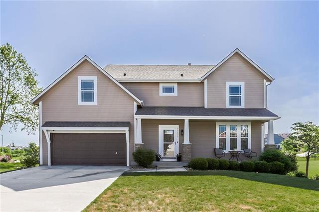 10129 Deer Run Street, Lenexa, KS 66220 (#2108480) :: Team Real Estate