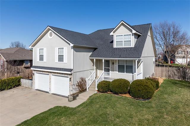 2522 NE Springbrook Street, Blue Springs, MO 64014 (#2108570) :: Team Real Estate