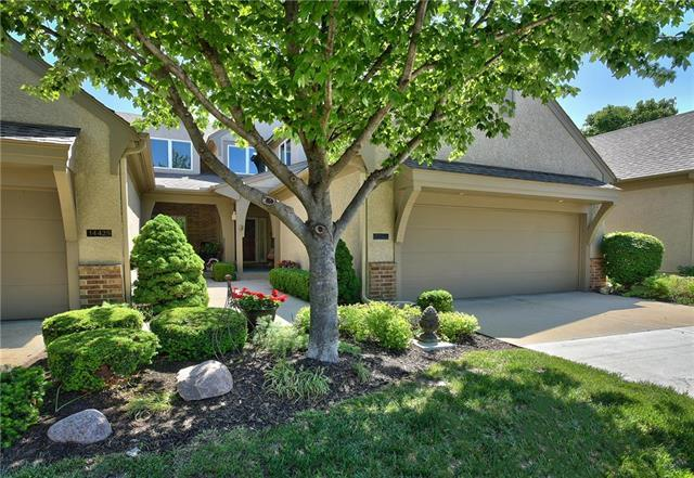 14427 Russell Street, Overland Park, KS 66223 (#2108590) :: The Shannon Lyon Group - ReeceNichols