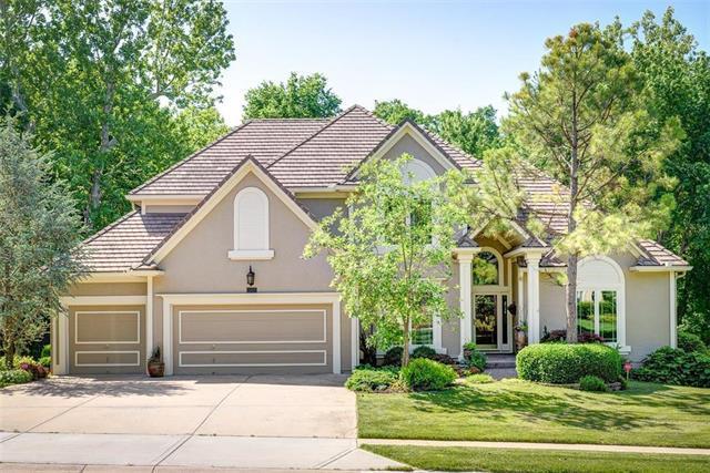 14611 W 50 Street, Shawnee, KS 66216 (#2108699) :: Edie Waters Network