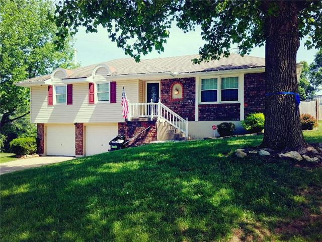 3001 S Peck Drive, Independence, MO 64055 (#2109005) :: The Shannon Lyon Group - ReeceNichols