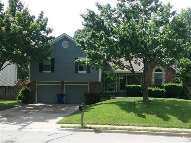 1008 NW Park Road, Blue Springs, MO 64015 (#2109054) :: Kansas City Homes