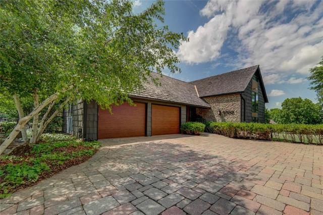 9700 W 106th Street, Overland Park, KS 66212 (#2109056) :: Kansas City Homes