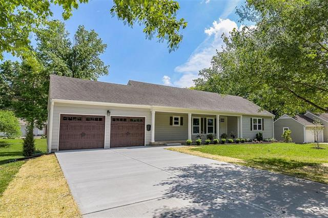 9701 Catalina Street, Overland Park, KS 66207 (#2109110) :: Kansas City Homes