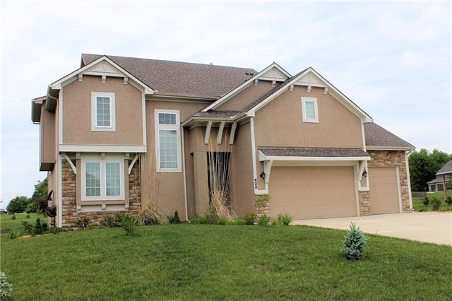 425 Pierse Hollow Street, Raymore, MO 64083 (#2109111) :: The Shannon Lyon Group - ReeceNichols