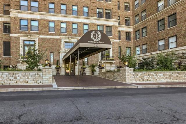 229 Ward Parkway 805A, Kansas City, MO 64112 (#2109138) :: Team Real Estate