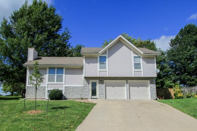 1900 SE 6TH Terrace, Lee's Summit, MO 64063 (#2109152) :: Edie Waters Network