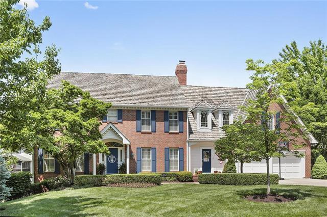 3704 W 121st Street, Leawood, KS 66209 (#2109191) :: Kansas City Homes