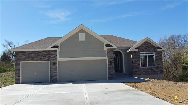 5509 NW 108th Terrace, Kansas City, MO 64154 (#2109193) :: Edie Waters Network