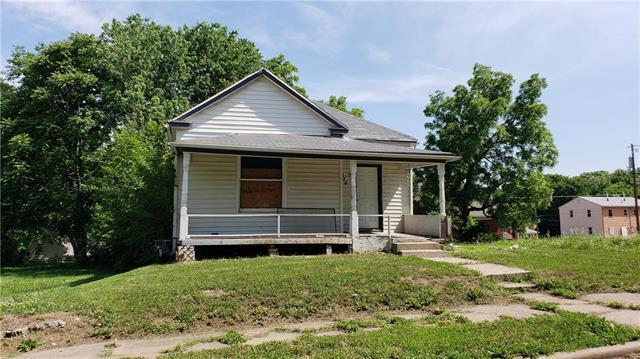 3024 E 20th Terrace, Kansas City, MO 64127 (#2109204) :: Kansas City Homes