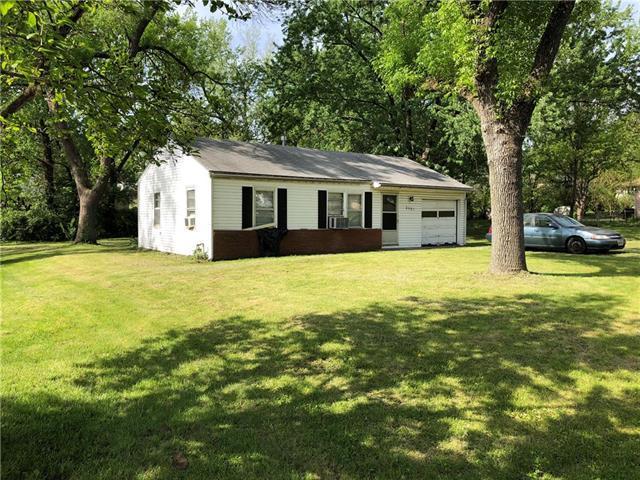 2501 NE 47th Street, Kansas City, MO 64116 (#2109211) :: Kansas City Homes