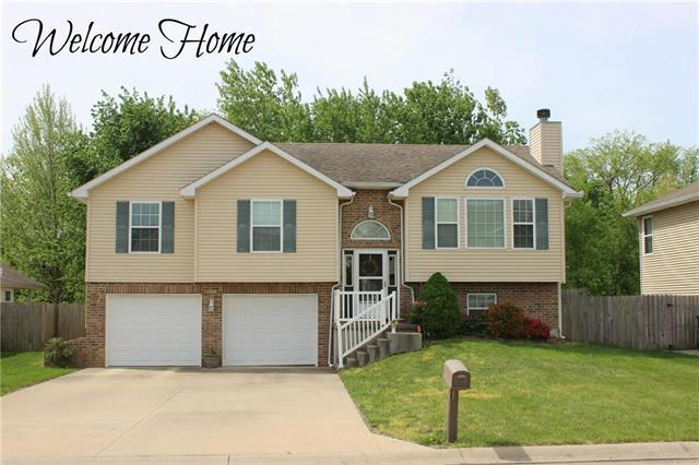 1514 Stoneybrooke Drive, Warrensburg, MO 64093 (#2109235) :: No Borders Real Estate