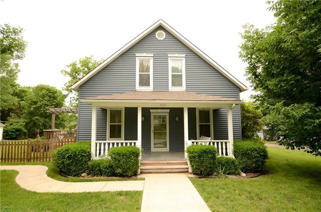 602 Chestnut Street, Greenwood, MO 64034 (#2109245) :: No Borders Real Estate