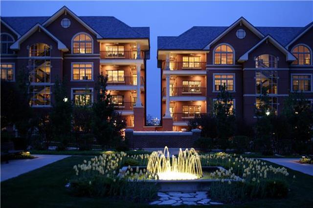 4937 Wyandotte Street #400, Kansas City, MO 64112 (#2109408) :: Team Real Estate