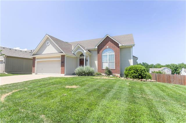 420 Pinnacle Drive, Raymore, MO 64083 (#2109514) :: No Borders Real Estate