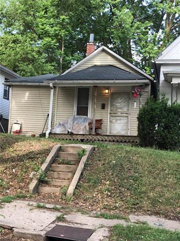 714 N 24th Street, St Joseph, MO 64506 (#2109711) :: No Borders Real Estate