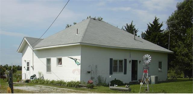 34656 Cedar Niles Road, Paola, KS 66071 (#2110444) :: Edie Waters Network