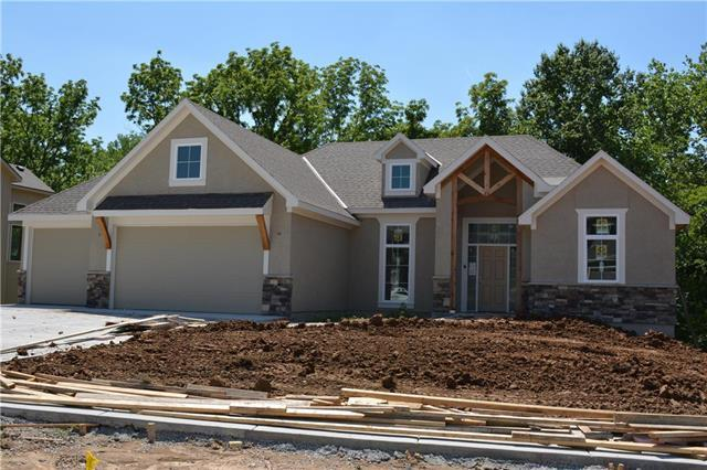 1768 Homestead Drive, Liberty, MO 64068 (#2110463) :: Edie Waters Network