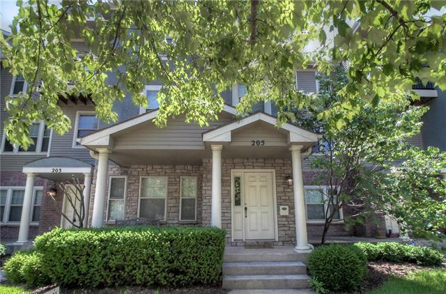 205 W 34th Street, Kansas City, MO 64111 (#2110611) :: The Shannon Lyon Group - ReeceNichols