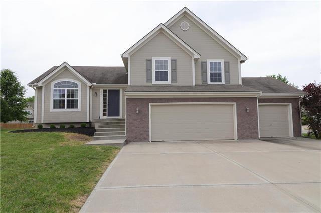 8001 NE 111th Street, Kansas City, MO 64157 (#2110677) :: Dani Beyer Real Estate
