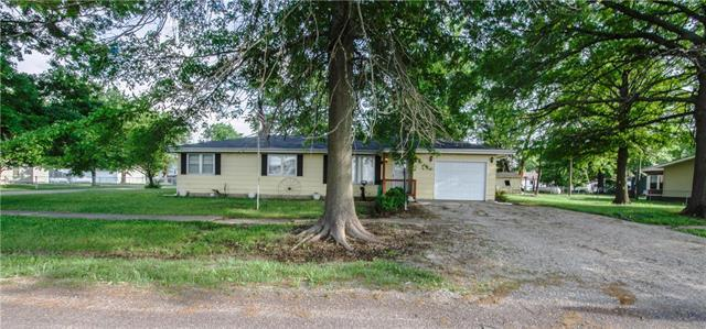 500 W Center Street, Polo, MO 64671 (#2110985) :: Edie Waters Network
