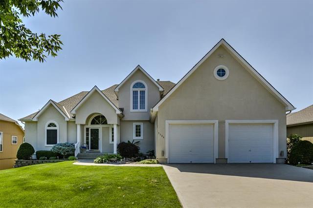 7704 Breckenridge Avenue, Kansas City, MO 64139 (#2111089) :: Edie Waters Network
