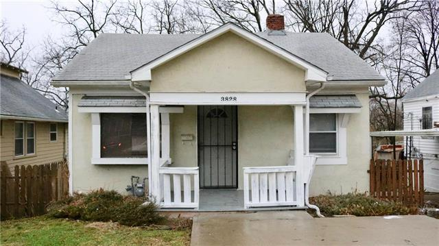 3828 Cleveland Avenue, Kansas City, MO 64128 (#2111210) :: Edie Waters Network