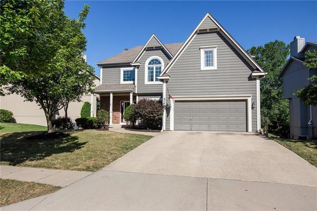 8544 Haven Street, Lenexa, KS 66219 (#2111442) :: The Shannon Lyon Group - ReeceNichols