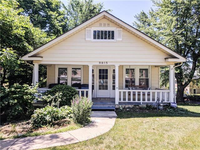 9915 E 18th Street, Independence, MO 64052 (#2111484) :: Edie Waters Network