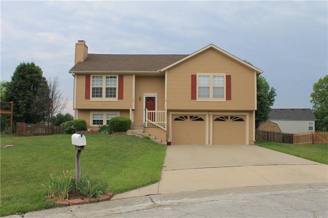 604 Osage Court, Greenwood, MO 64034 (#2111640) :: No Borders Real Estate