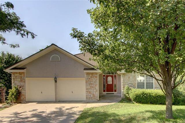 13611 W 49th Terrace, Shawnee, KS 66216 (#2112046) :: Edie Waters Network