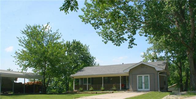31844 Summit Ridge Drive, Excelsior Springs, MO 64024 (#2112240) :: Edie Waters Network