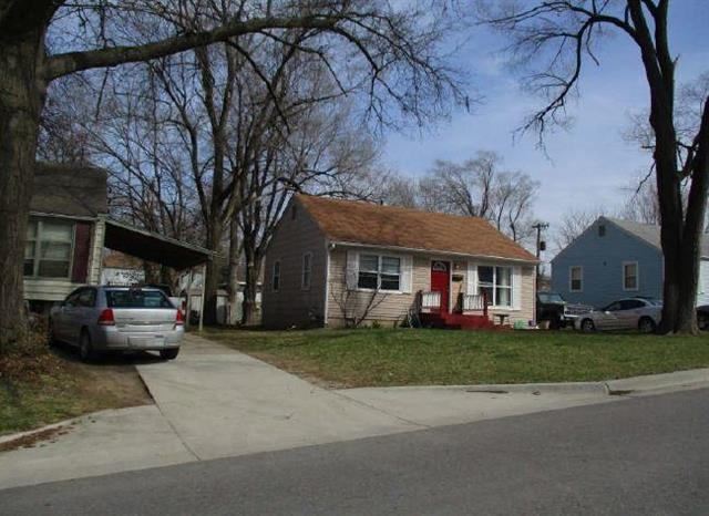 5321 N Indiana Avenue, Kansas City, MO 64119 (#2112254) :: Edie Waters Network