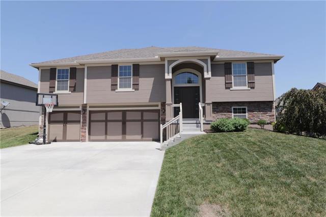 905 Chisam Road, Kearney, MO 64060 (#2112260) :: Dani Beyer Real Estate