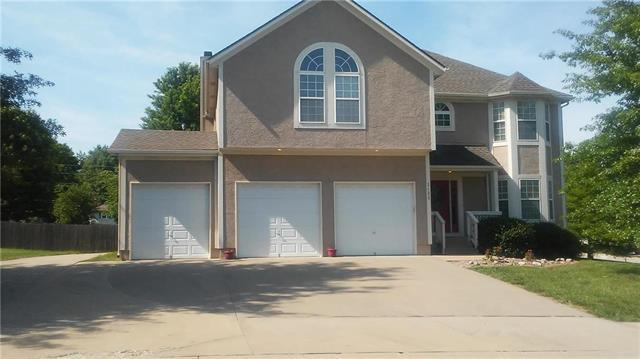 1400 Cedar Ridge Circle, Raymore, MO 64083 (#2112358) :: No Borders Real Estate